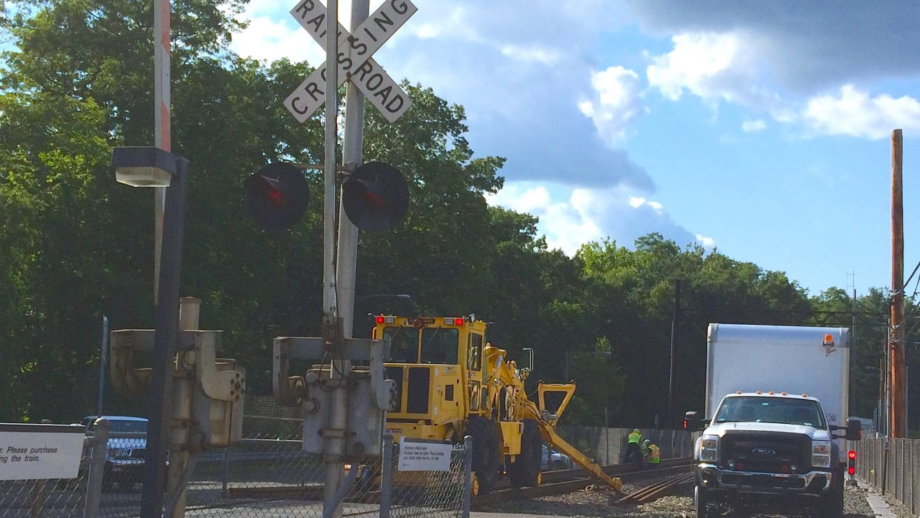 Detour, Night Noise and Service Interruption with Cannon Rd. Railroad X-ing Construction