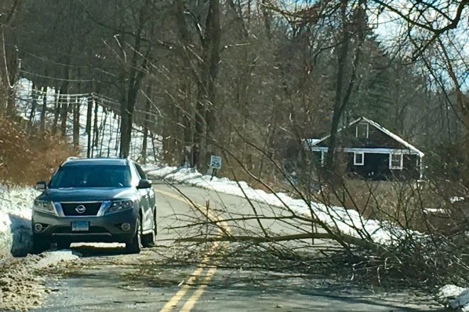 SeeClickFix App Lets Residents Report Non-Emergency Problems to Wilton
