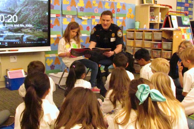M-D Students Welcome Guest Readers for WEF's 22nd Annual Read Aloud Day [PHOTOS]