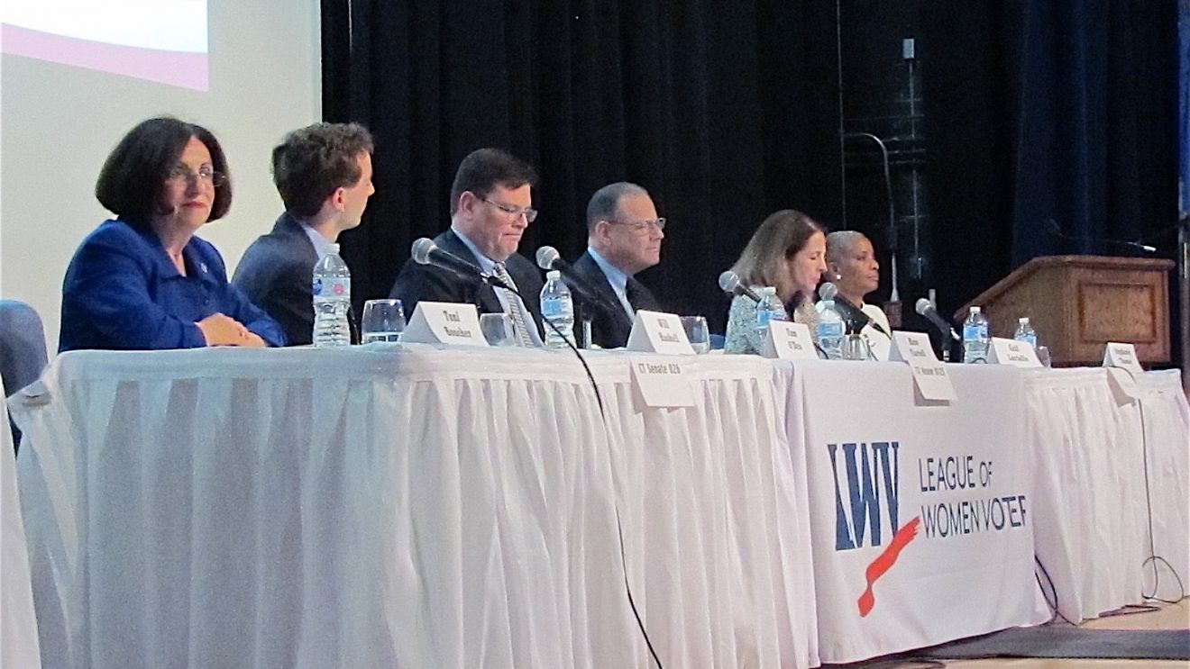 Lively Candidate Forum Shows Differences on Issues