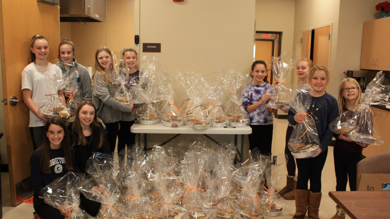 Wilton Woman's Club Brings Thanksgiving to Those in Need
