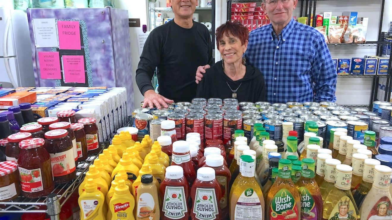 Kiwanis Collect Record Donations to Fill Food Pantry Shelves for the Holidays