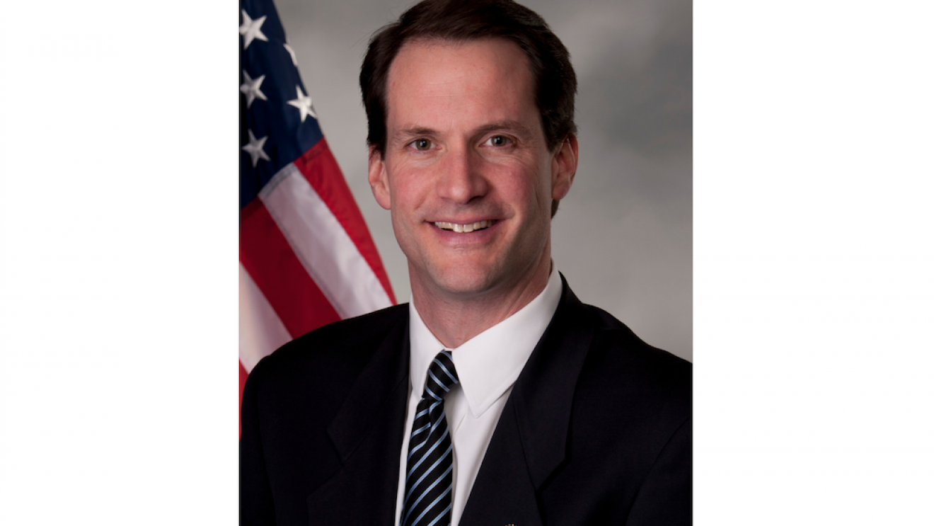 Himes Heads to Wilton Wednesday for Discussion on Gun Violence Prevention Bill