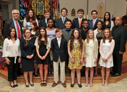 Our Lady of Fatima School Holds 8th Grade Commencement Exercises
