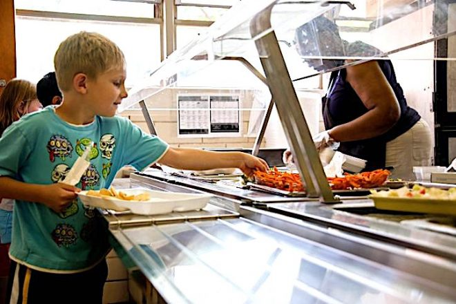 Wilton Schools to Offer New Cafeteria Food Plan