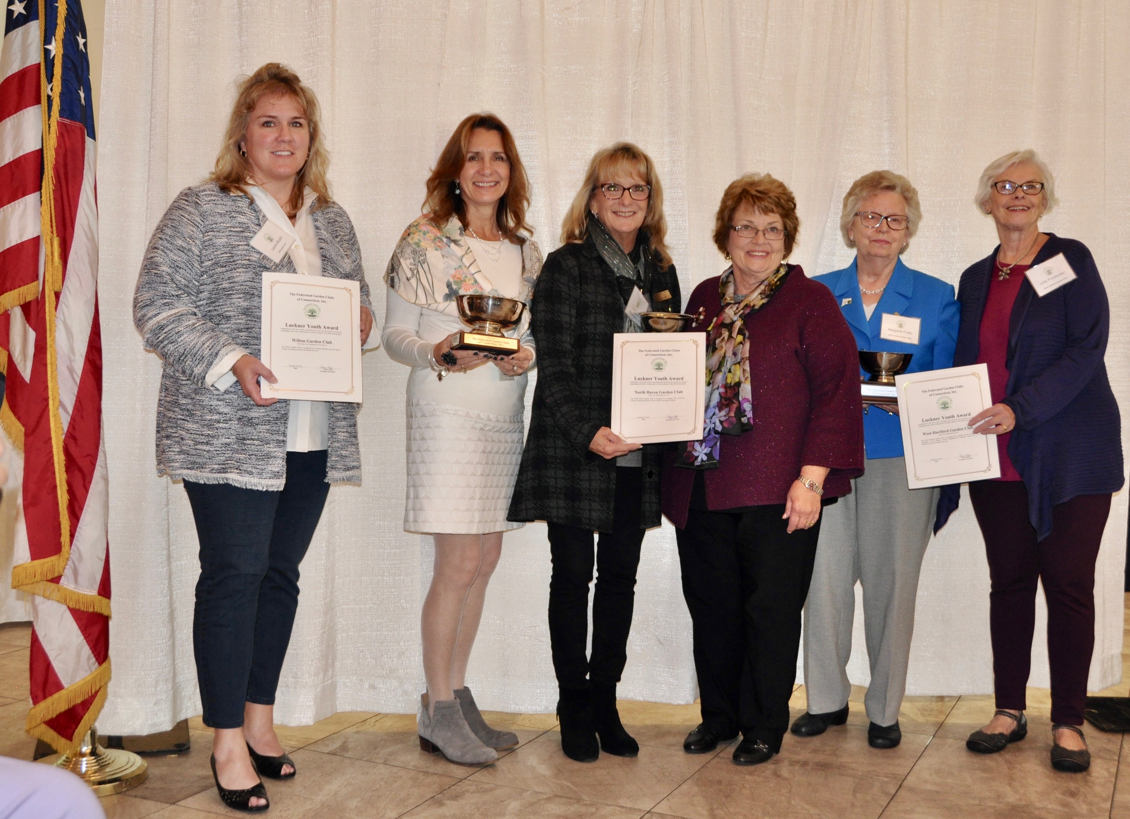 Wilton Garden Club Rakes in Awards