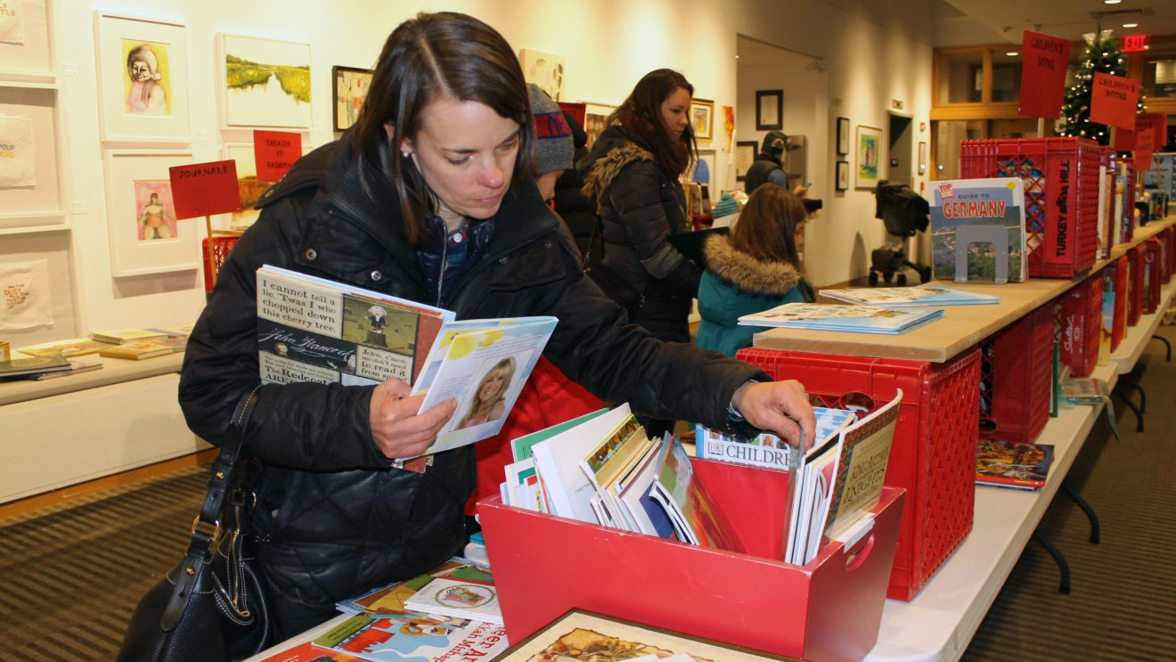 Wilton Library Plans Annual Holiday Book Sale